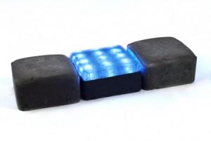 12x12-modra-v-dlazbe.jpg